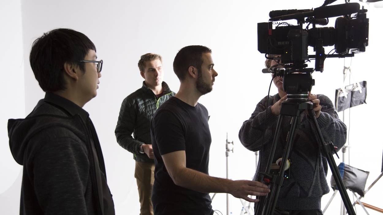 VFX Supervisor Dave McDonald reviews the frame for evenness of Green Screen.