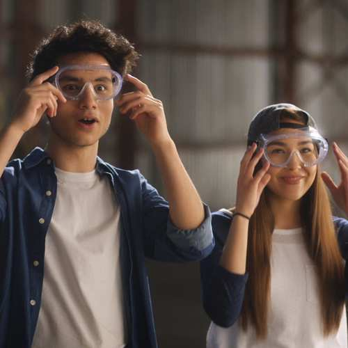 Kids wearing protective goggles Goldfish Flavour Blasted Xtreme Cheddar